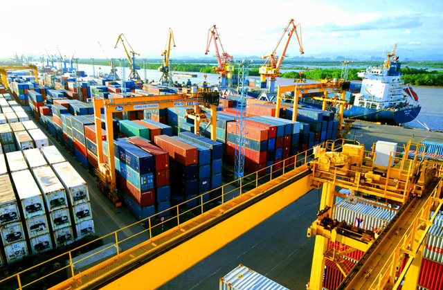 Hoạt động nhập khẩu than tại Việt Nam có luôn thuận lợi không?