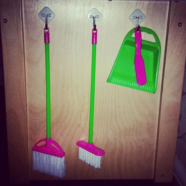 dustpan and broom for cleaning
