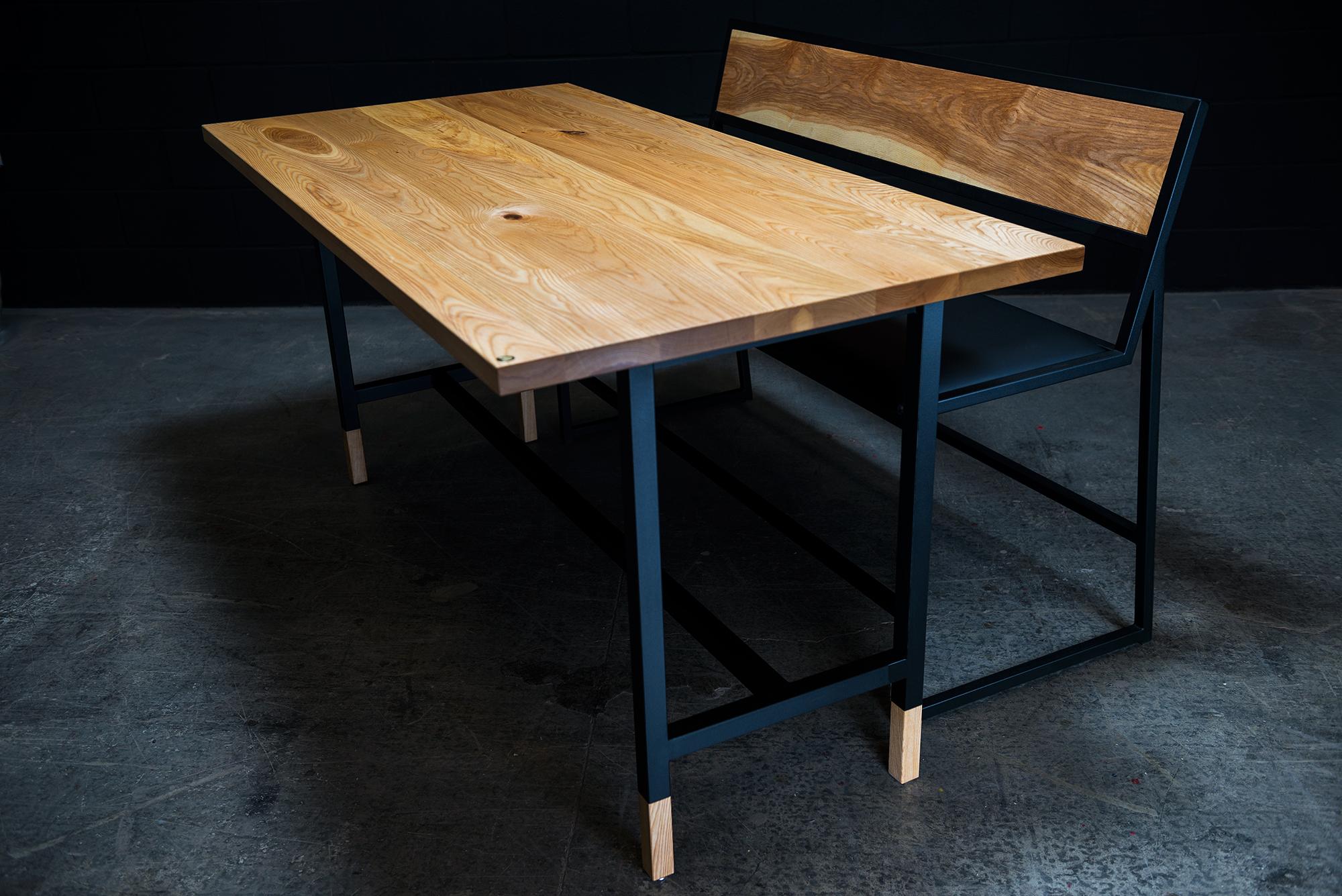 London Bistro Table