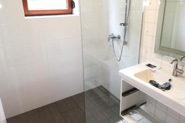 Badewanne zu Walk-in-Dusche in Graz