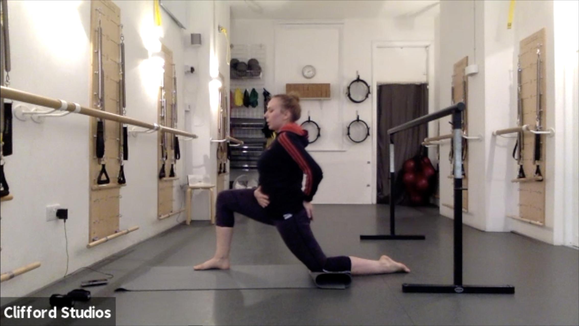 Barre + Stretch 1