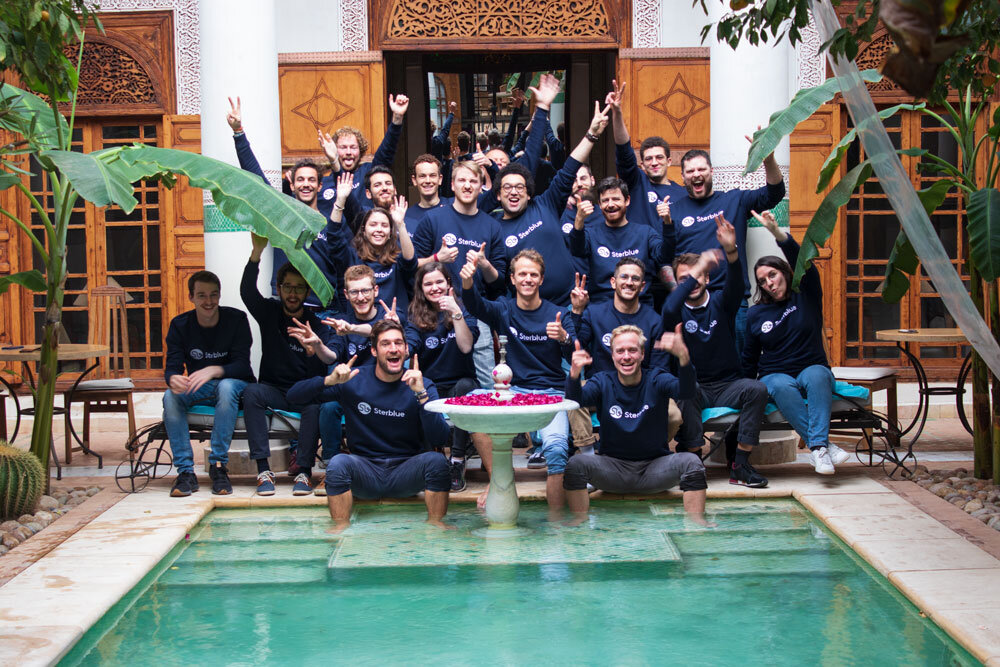 sterblue-team-blue-sweaters-happy-funny-event-morocco