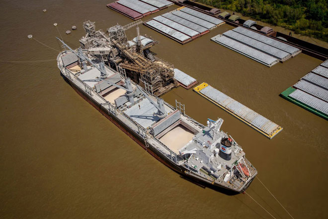cargo boat in the mississippi river shipping grains