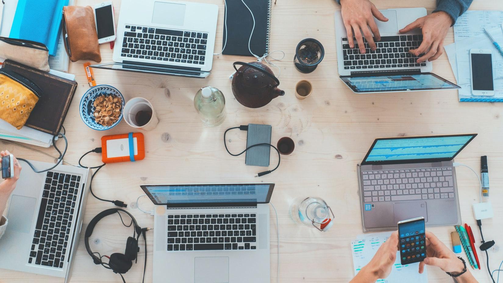 Personer som arbetar med Webbdirektivet - lagkrav för alla webbsajter inom offentlig sektor