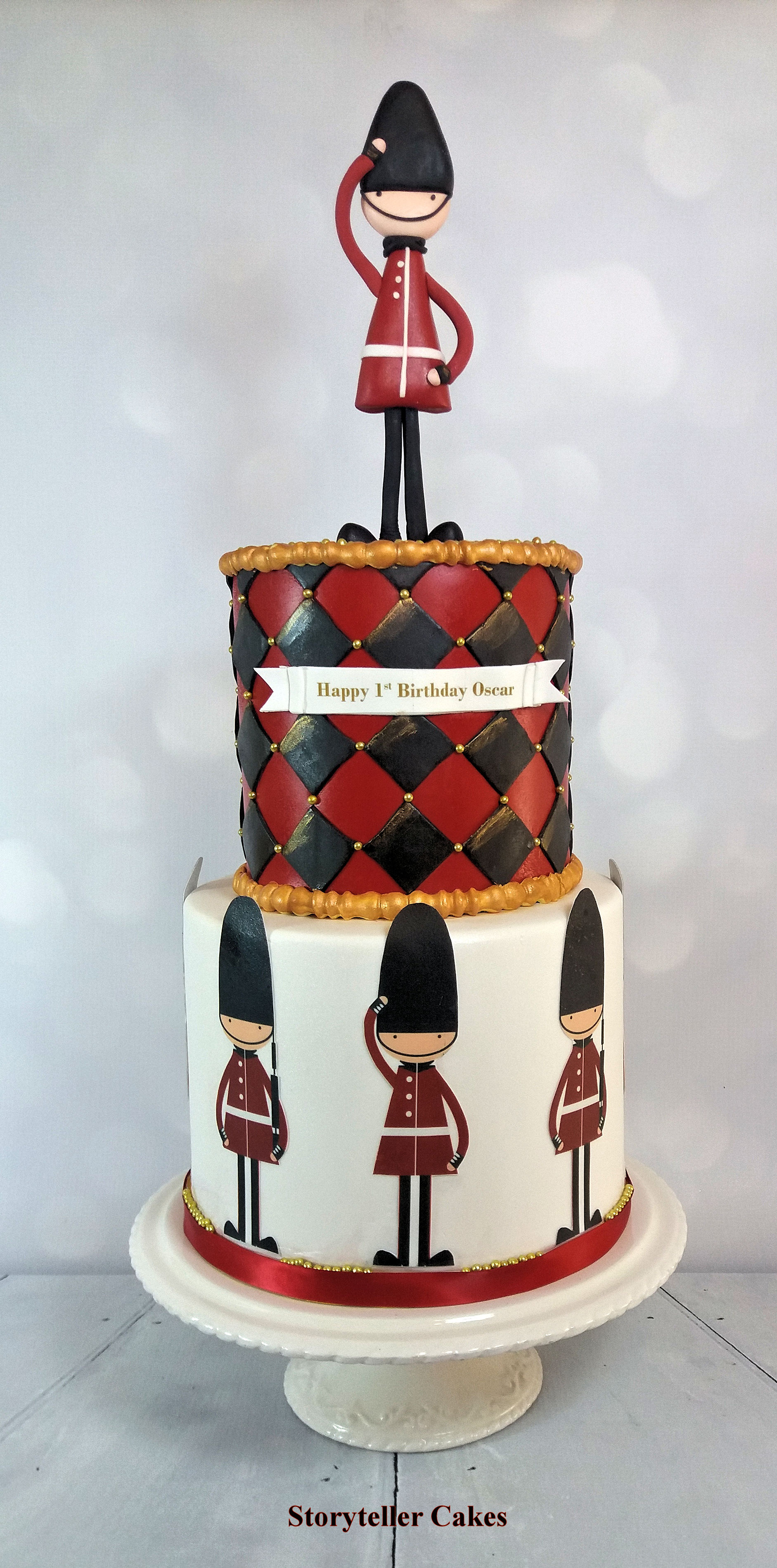 queens guard birthday cake for boy