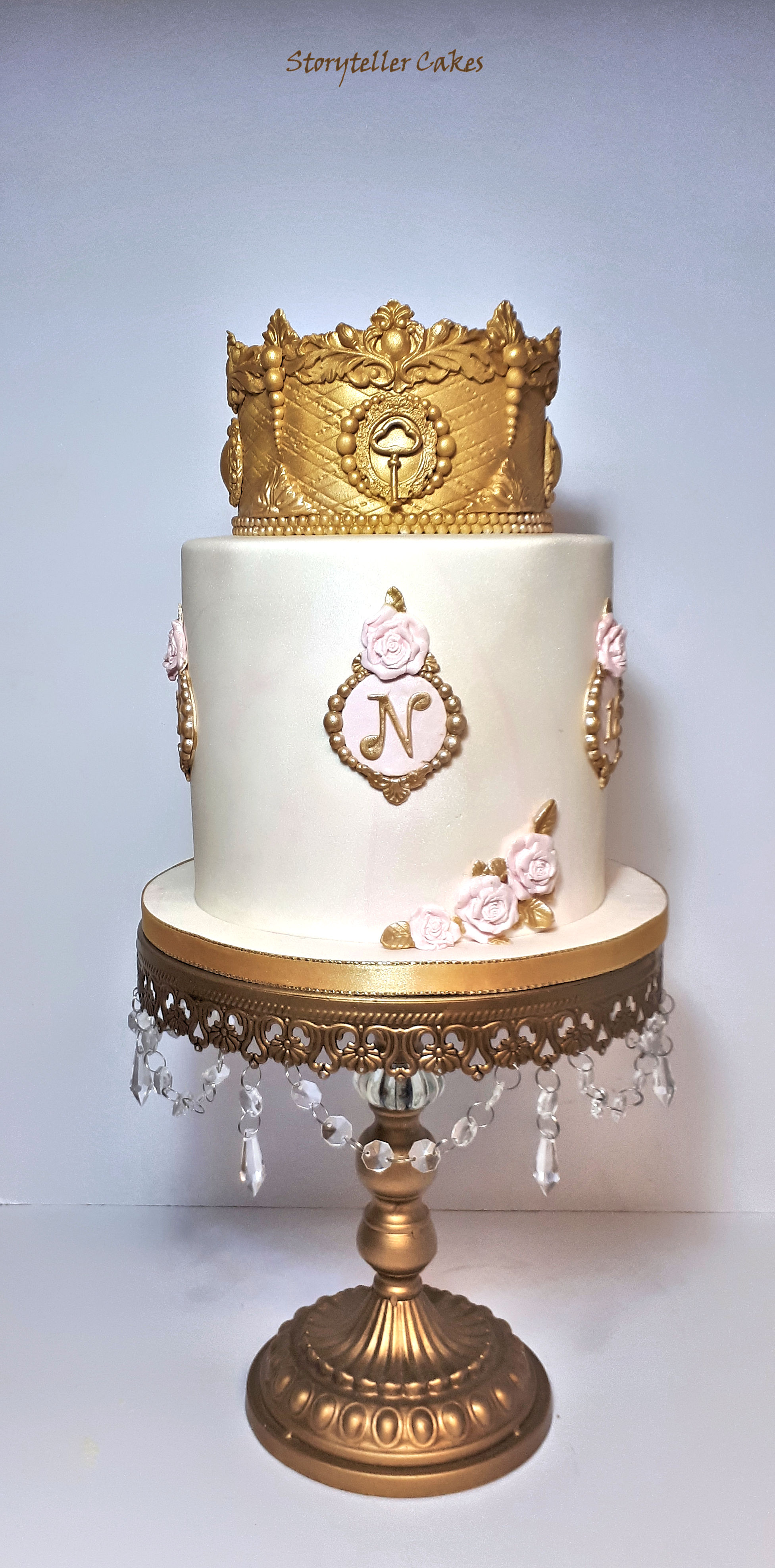 pink and gold crown girls birthday cake