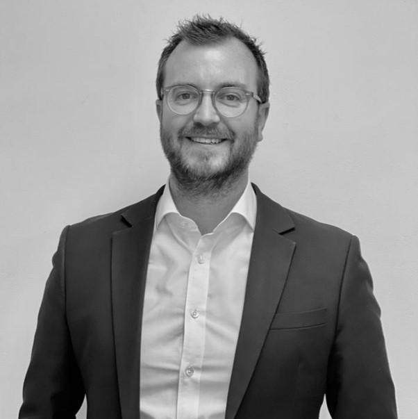 Tom Baxter New Product Launch Assembley Coordinator of Sweetnam & Bradley