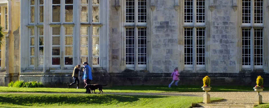 Walkers at Highcliffe Castle