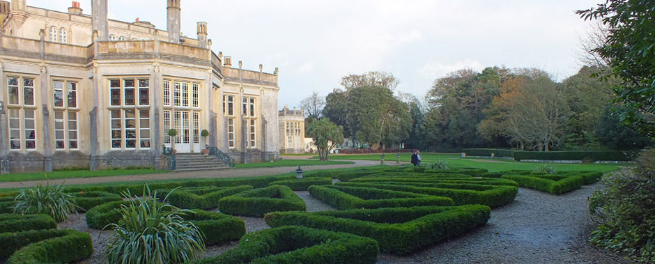 Box hedges at Highcliffe Castle