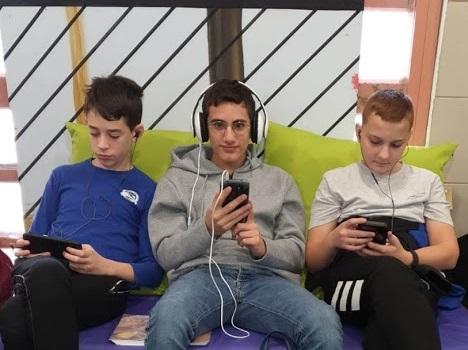 תלמידי בית ספר יונתן נתניהו בקריית מוצקין