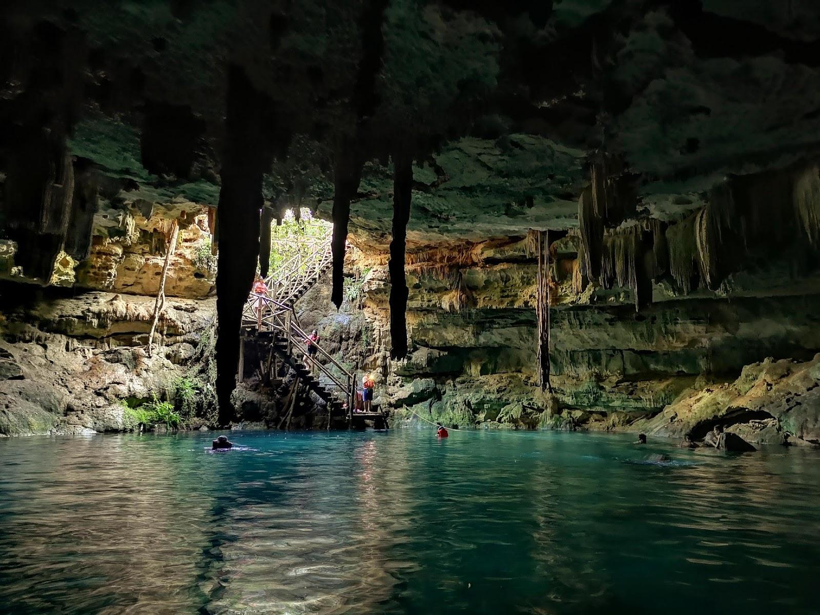 Kankirixche Cenote.