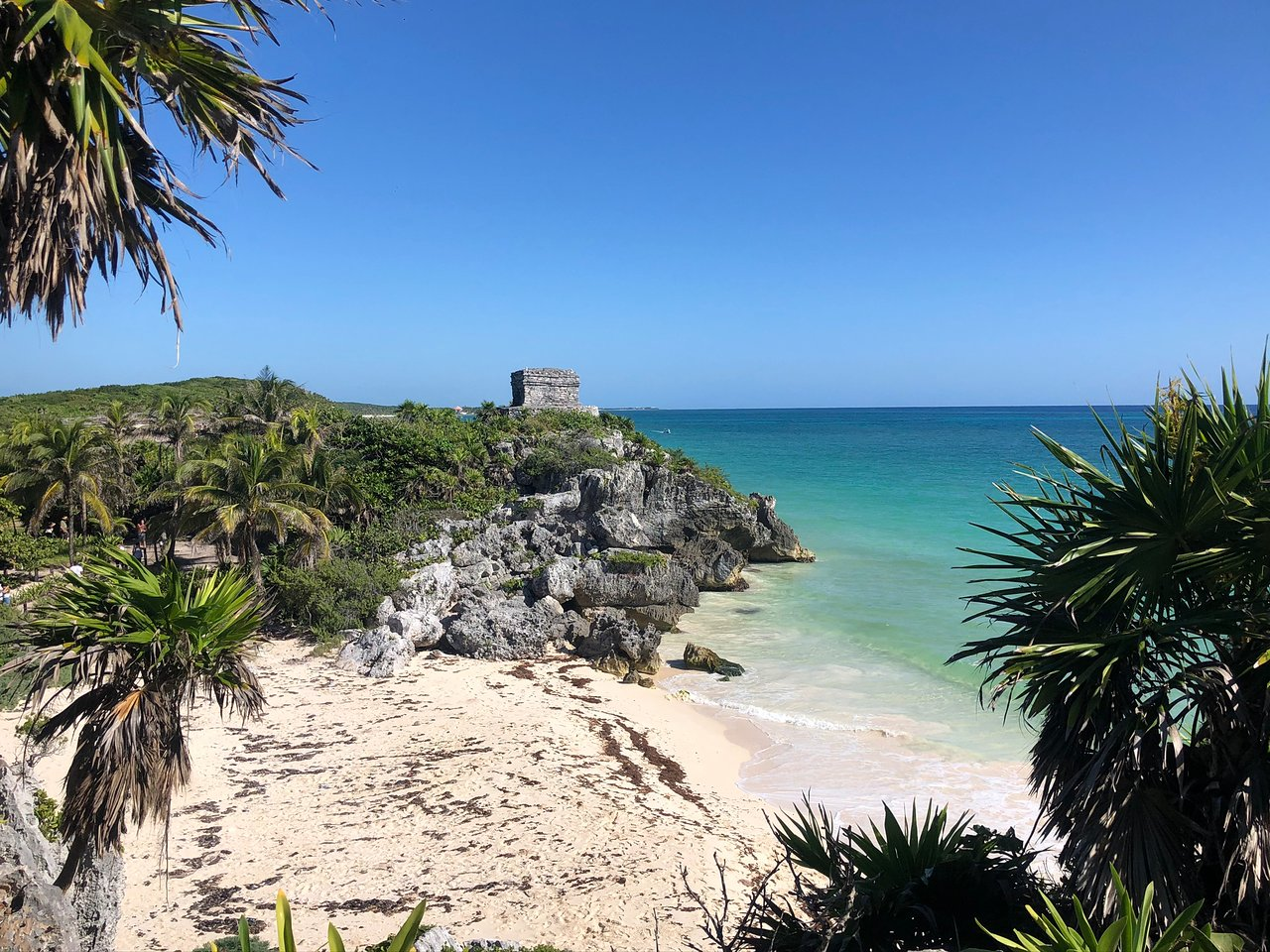 What's the climate in Tulum?