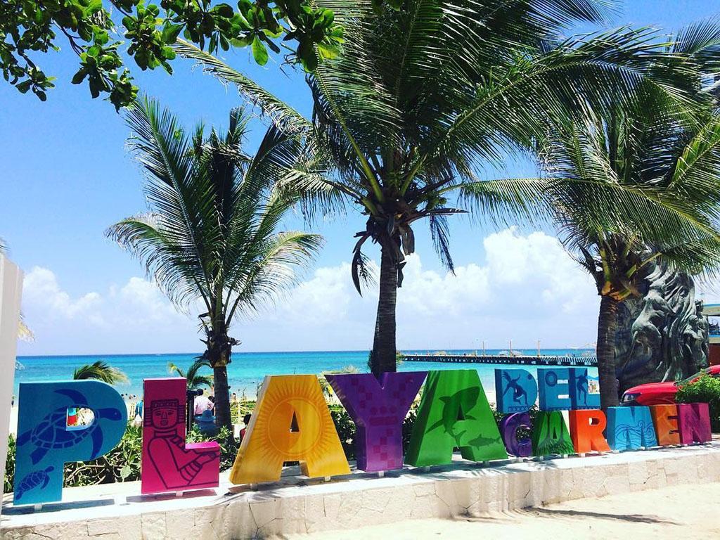 ¿Por qué es famosa la quinta avenida de Playa del Carmen?