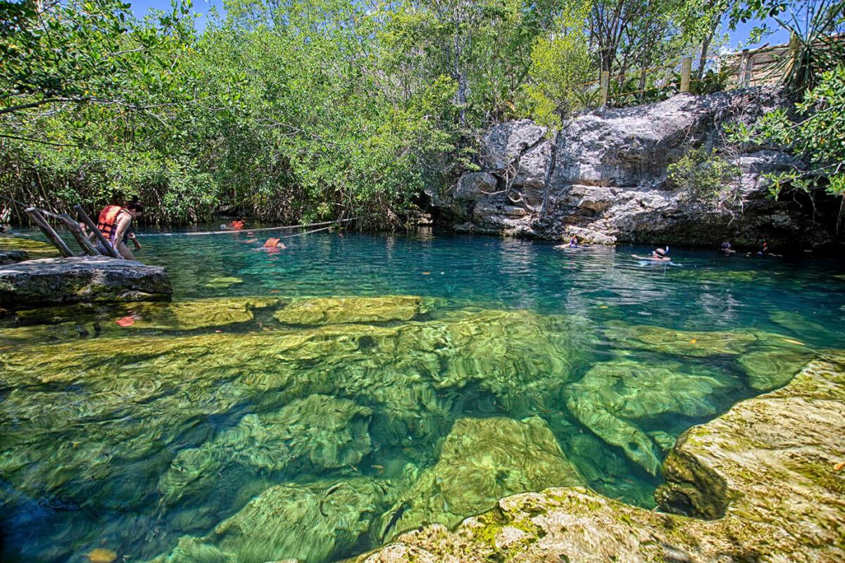 Cenote Cristalino.