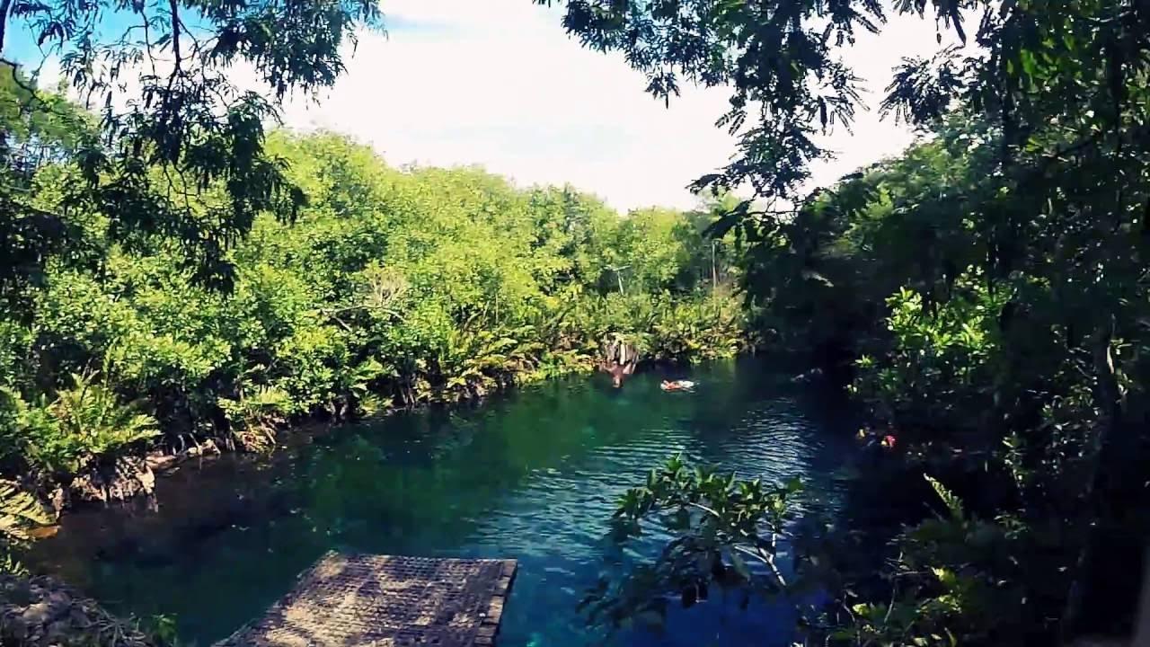 Cenote Xunaan Ha.