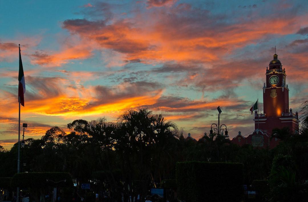 El clima en Mérida, Yucatán, es ideal para hacer tour por toda la ciudad.