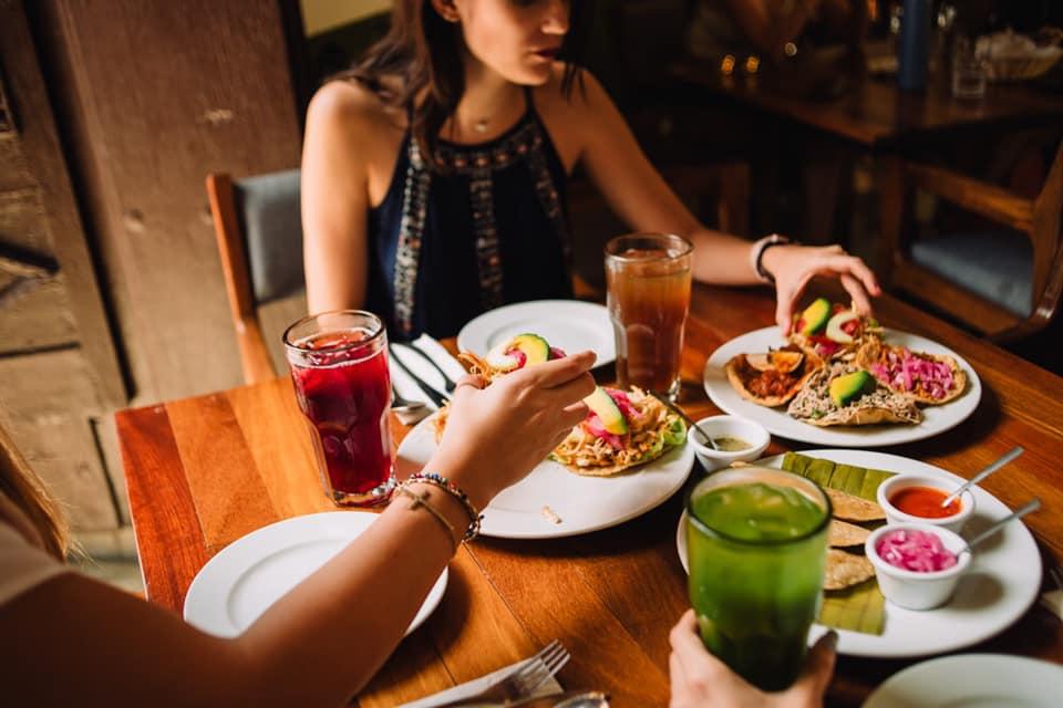 Comida en restaurante Museo de la Gastronomía Yucateca