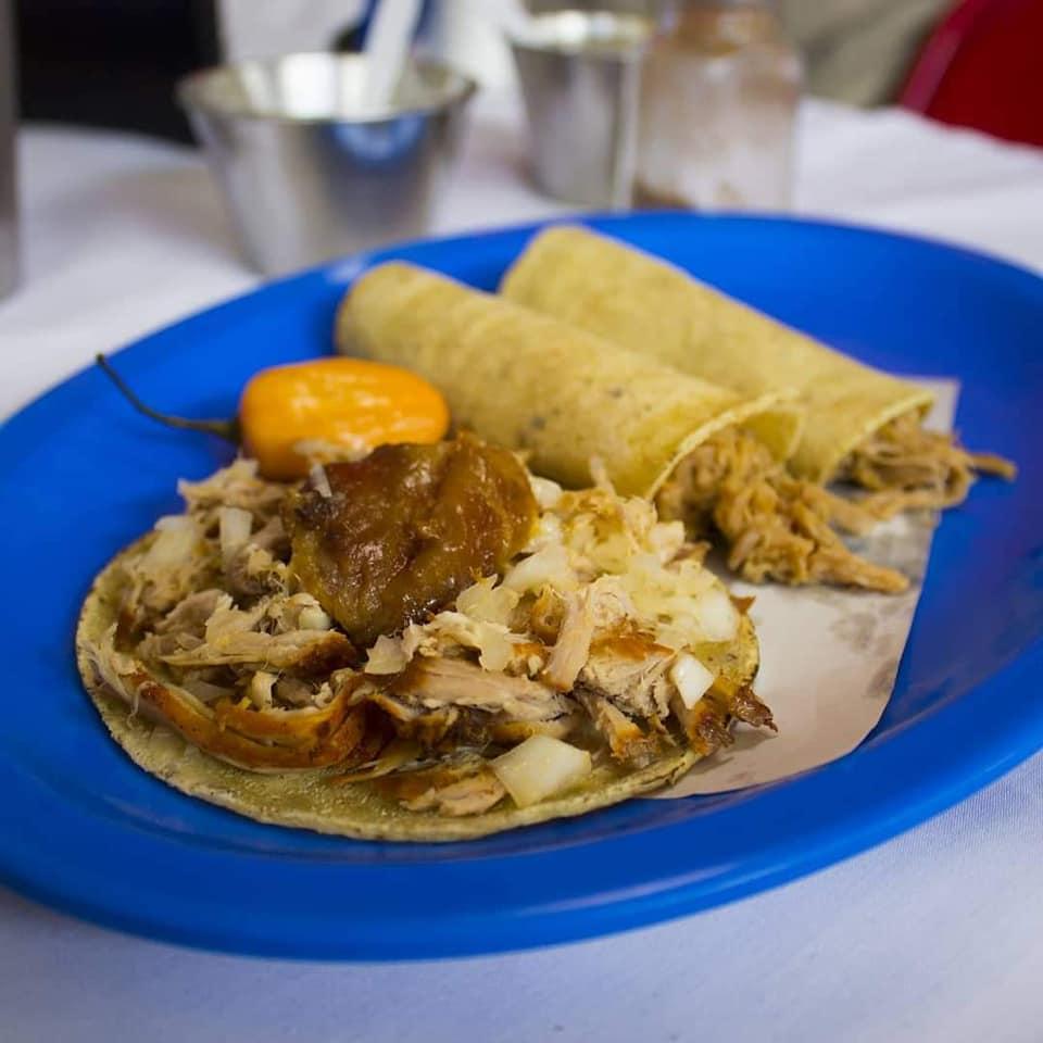Plato de tacos de Taquería La Lupita