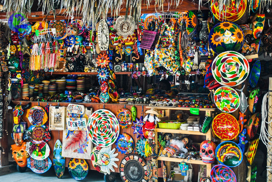 Tienda de artesanías en la Quinta Avenida de Playa del Carmen