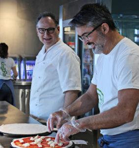Maurizio Raspa och Stefan Adakis har förverkligat drömmen om ett helt nytt pizzakoncept där smaken och kvalitén står i centrum.