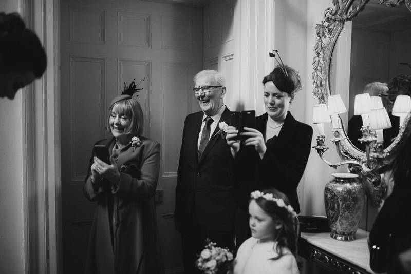 bridel-prep-castle-leslie-wedding-father-bride