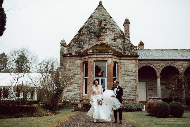 castle-leslie-couple-portraits