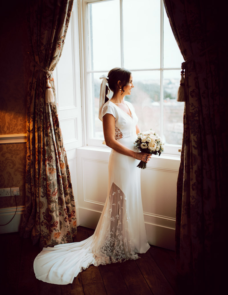 bridal-prep-durrow-castle-ireland-elegant