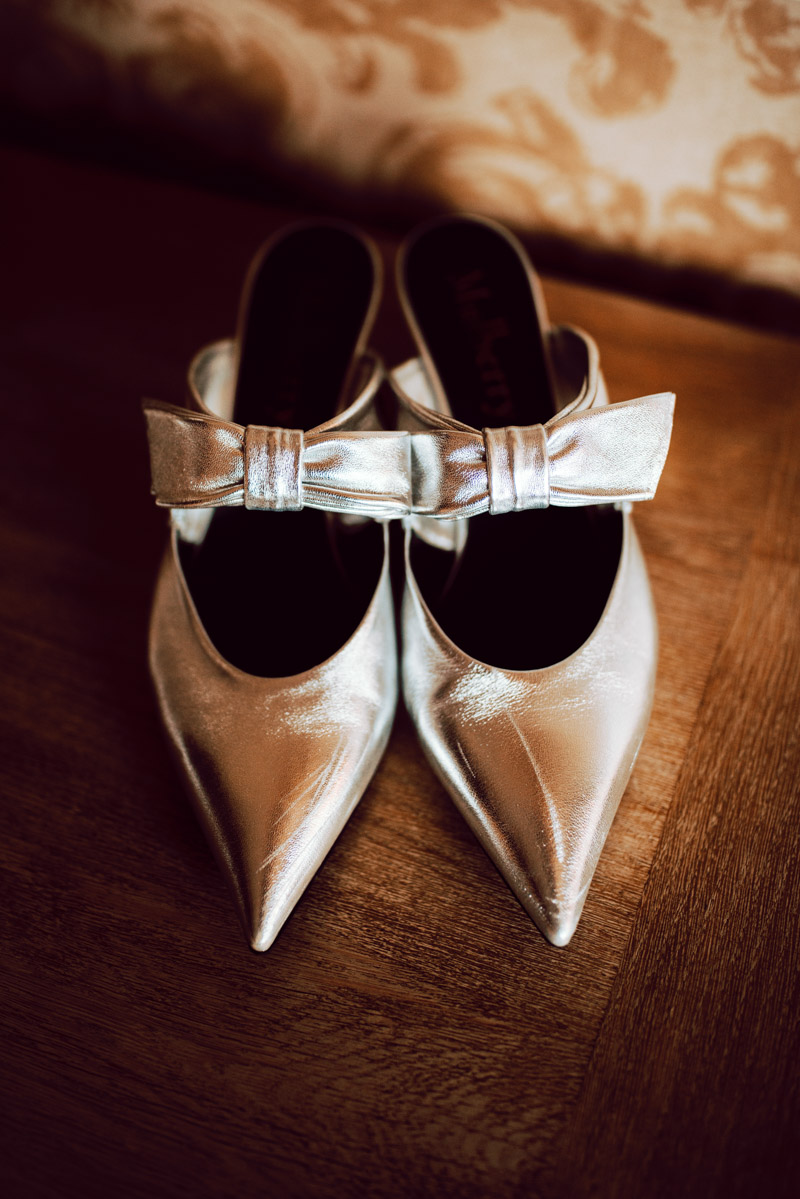 bridal-shoes-irish-classic-blacktie-elegant-wedding-durrow-castle-laois
