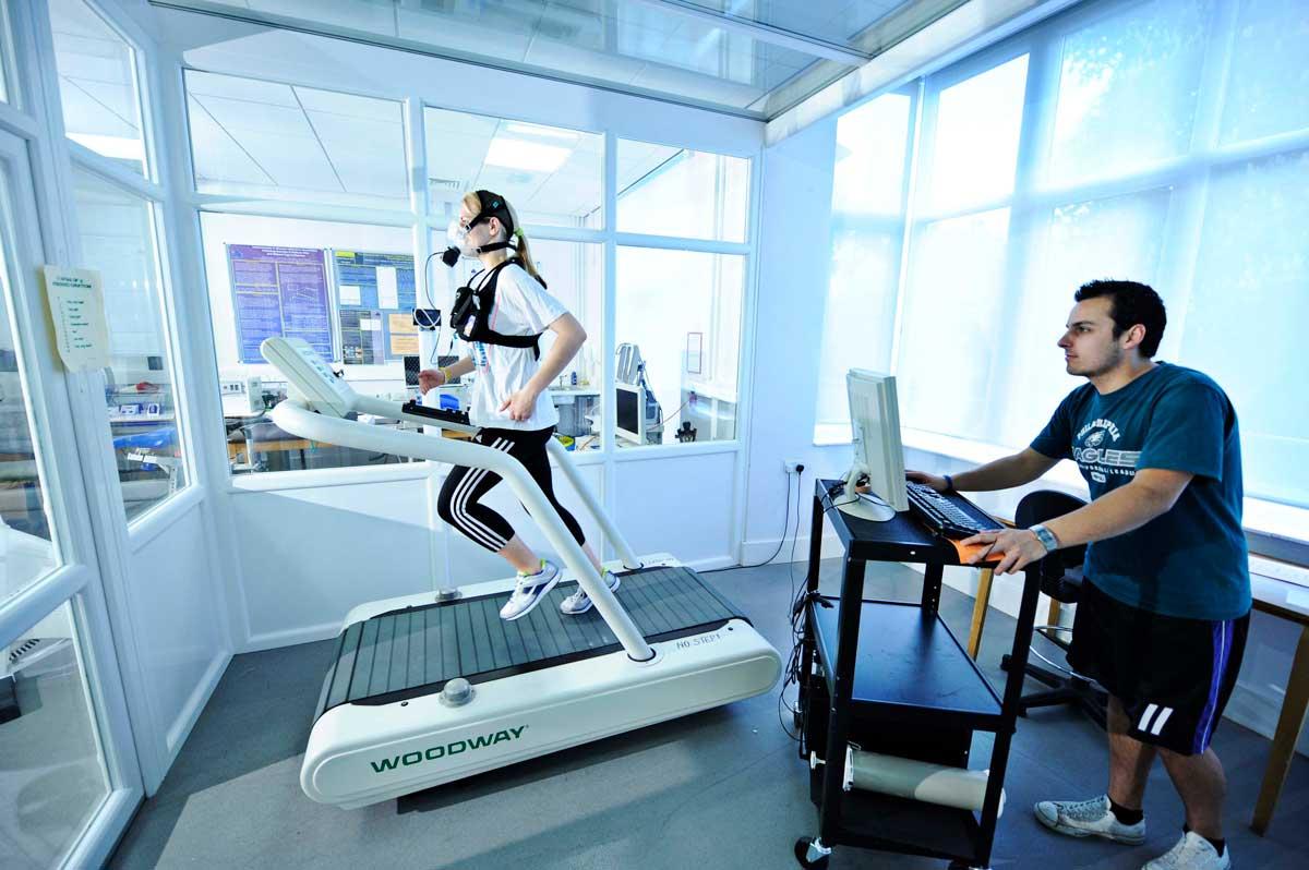 girl running in oxygen chamber