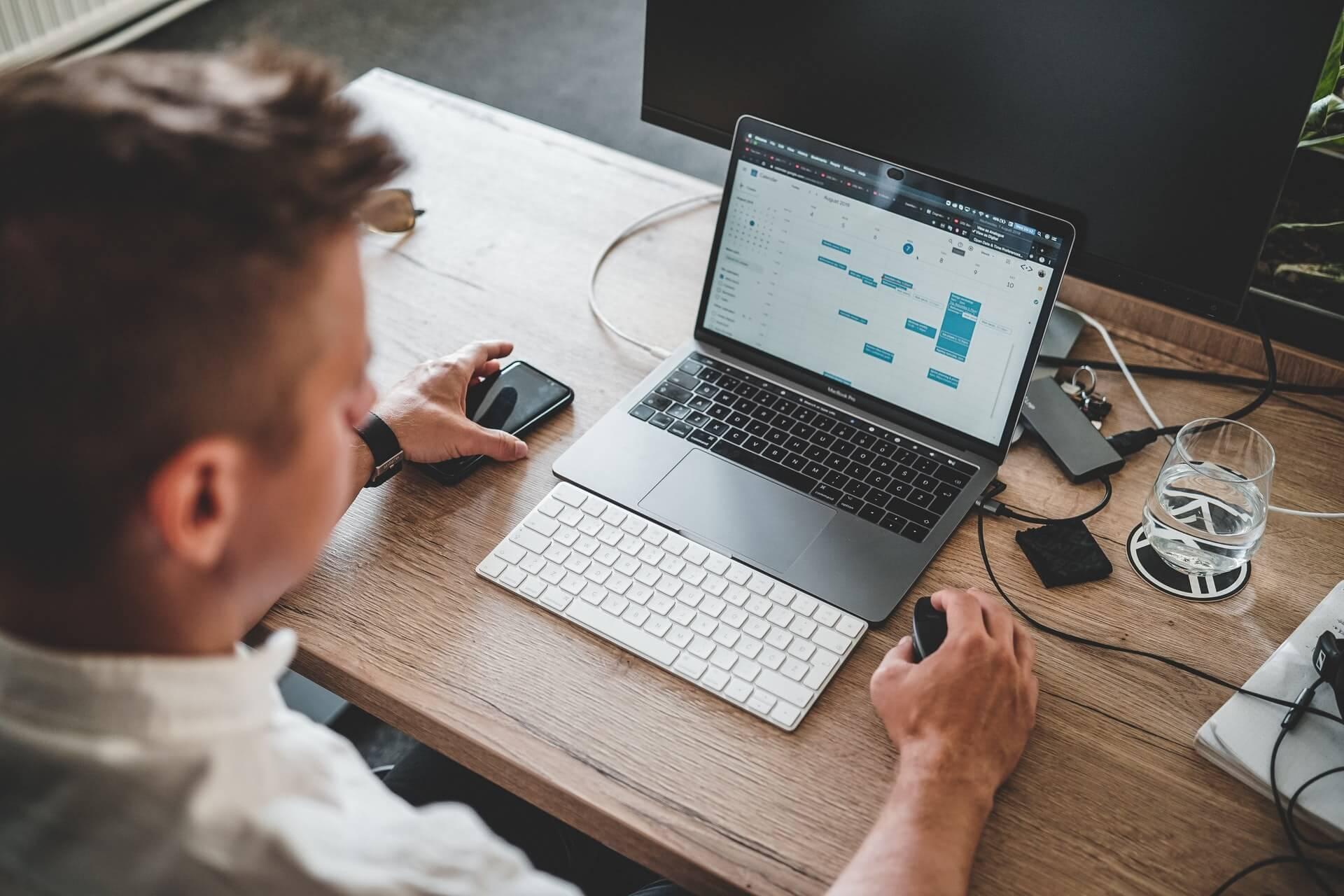 Can Sales Tools replace Sales Representatives?