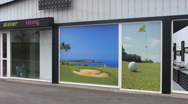 vitrophanie vitrine golf decoration