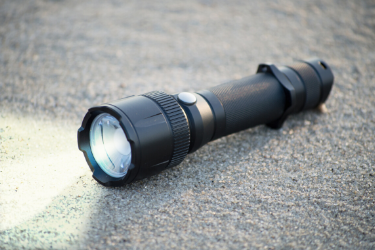 Flashlight with AAA bulk batteries