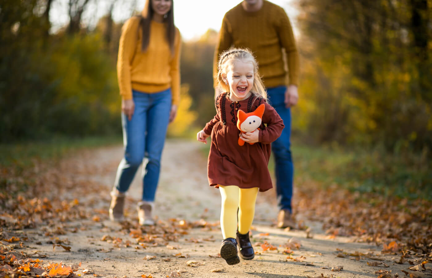 Family walk to escape online learning