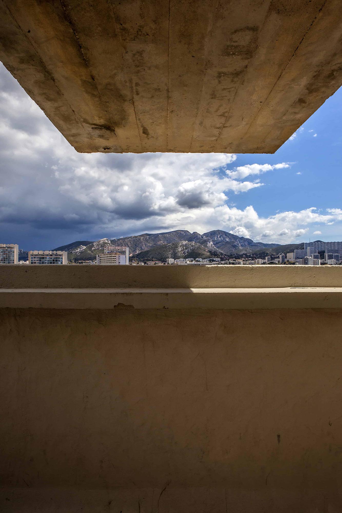 vue sur Marseille depuis cité radieuse Le Corbusier
