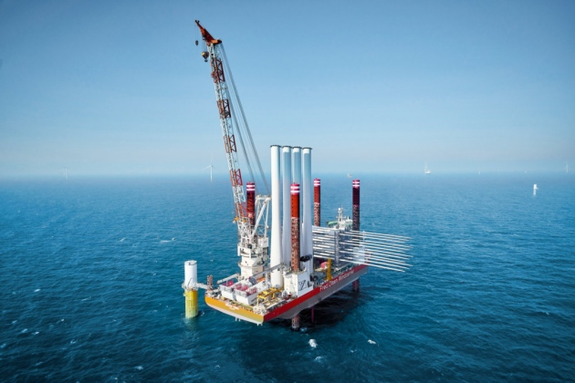 Vattenfalls Horns Rev 3 offshore wind farm in the North Sea off Denmark. The Swedish power company is planning two offshore wind farms off the coast of Norfolk, called Vanguard and Boreas, that could power more than 3.9 million UK homes. Image: Vattenfall