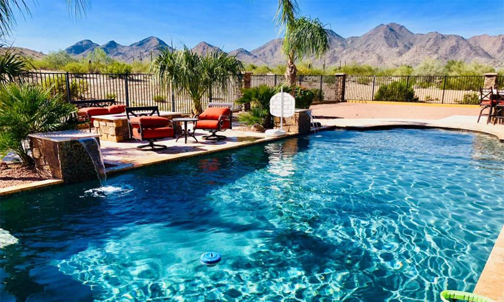 Weekly pool cleaning in Queen Creek, AZ