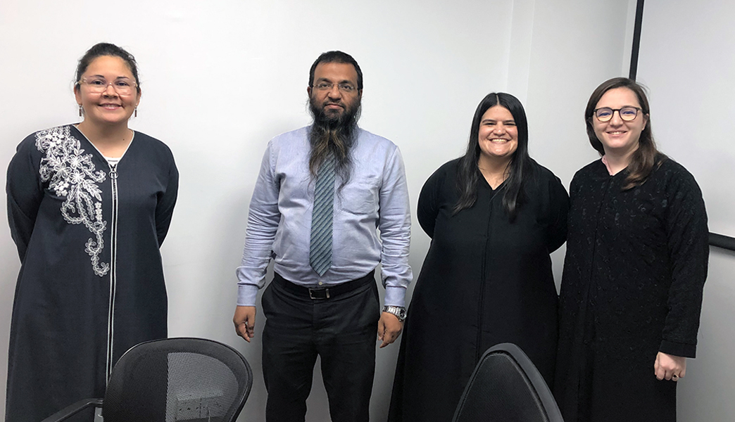 Dalila Llovera, Mr. Mohamed Abdulhai, Arely Armendaiz y María Fernanda Torres
