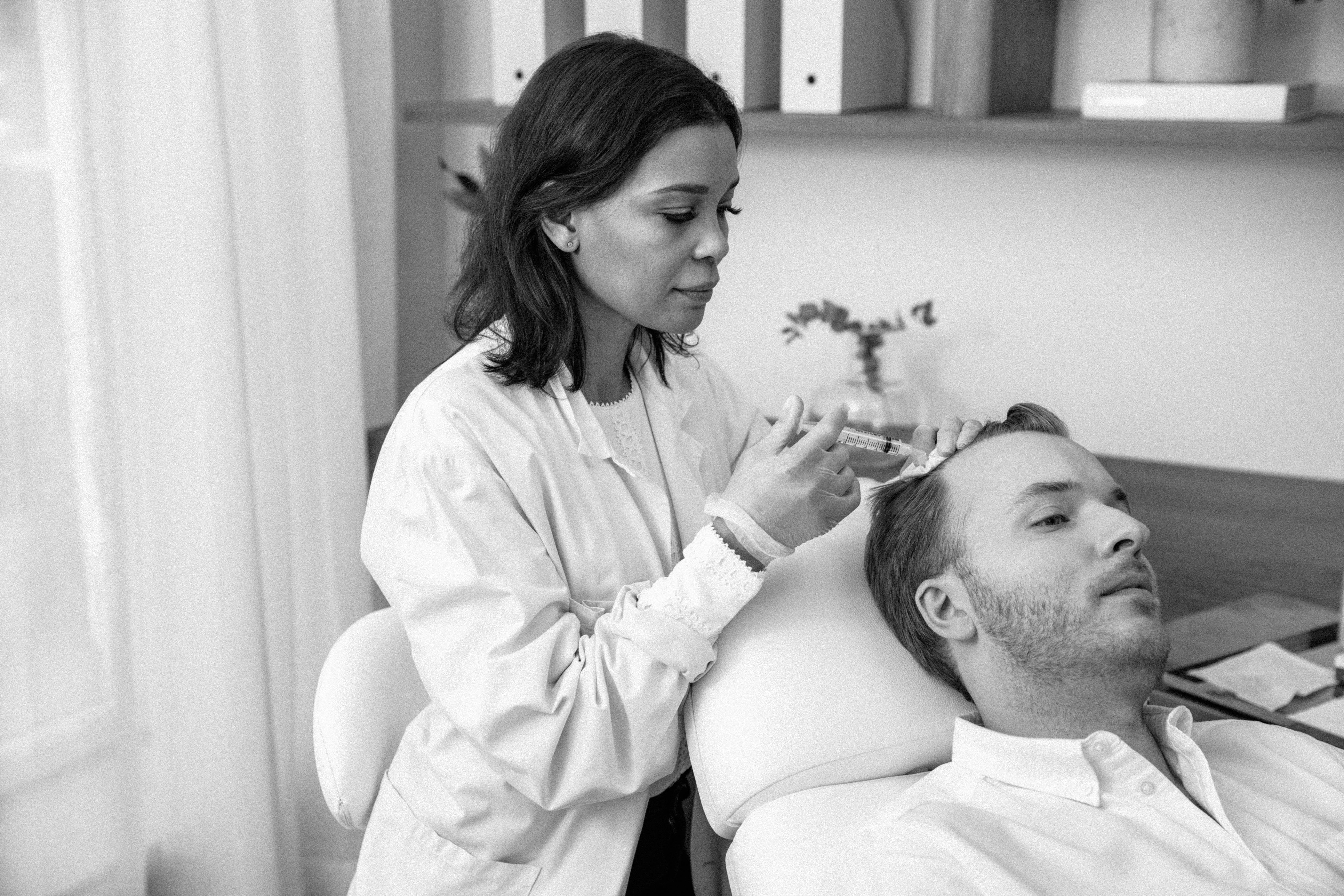 Genomför en PRP Behandling i Stockholm till förmånligt pris och förbättra din hårväxt