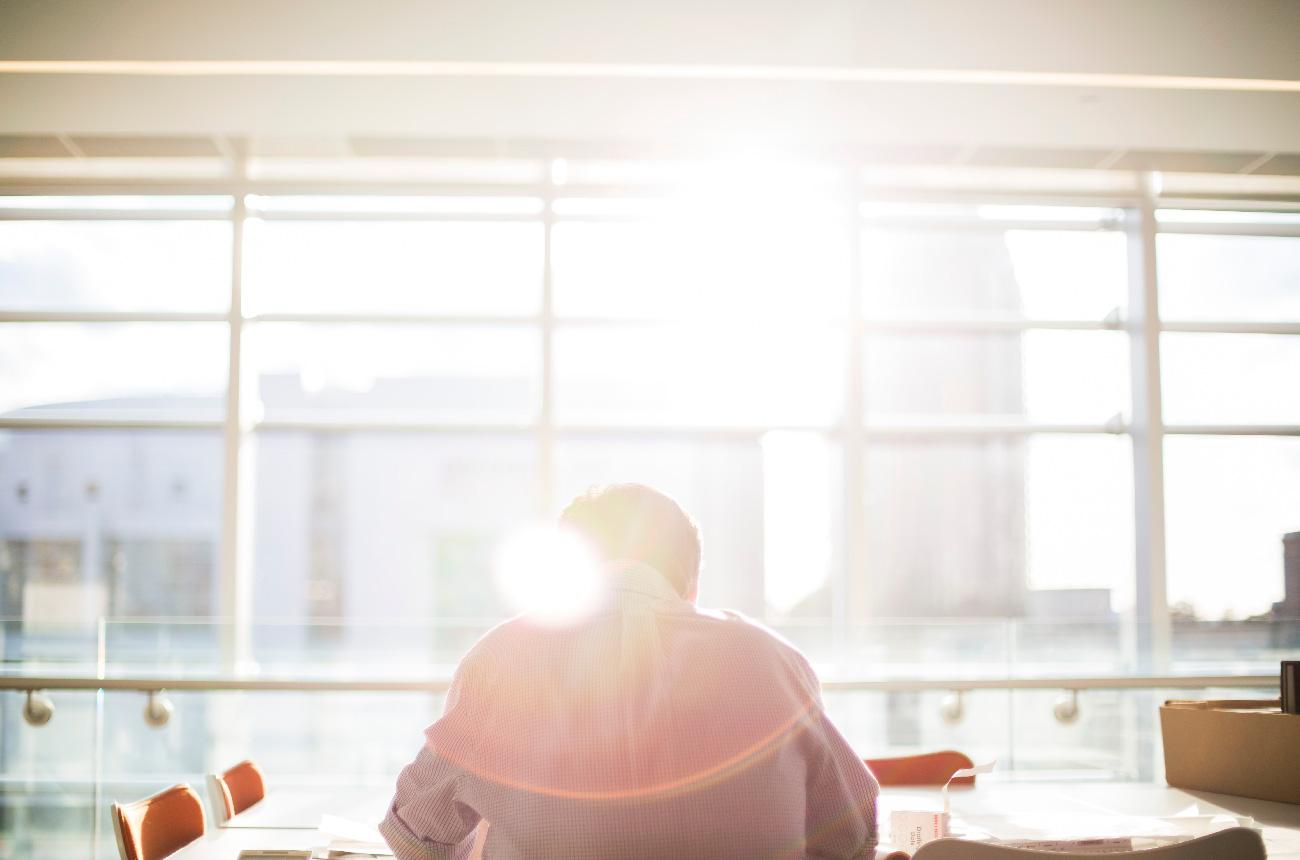 內向工作者的職場生存法則:該怎麼在職場上發揮影響力?