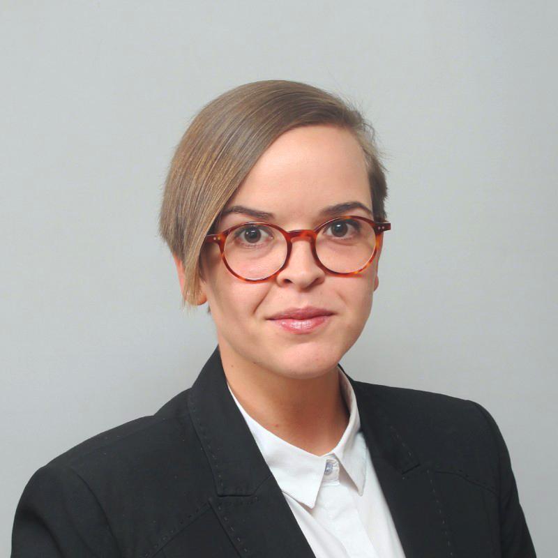 Irina Obushtarova, Photo credit: Christian Krzywoblocki