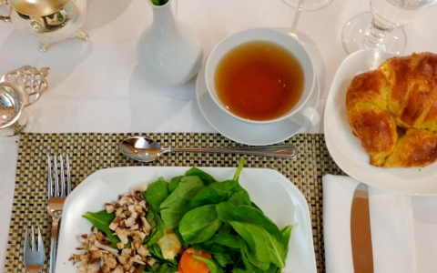 Hollywood Hotel Healthy Food and Tea