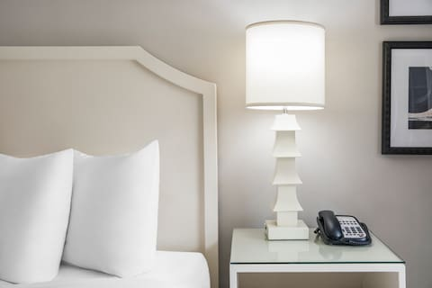 Hollywood Hotel Luminary Queen Guest Room - Chinoiserie Lamp with Speaker Telephone and Data Port