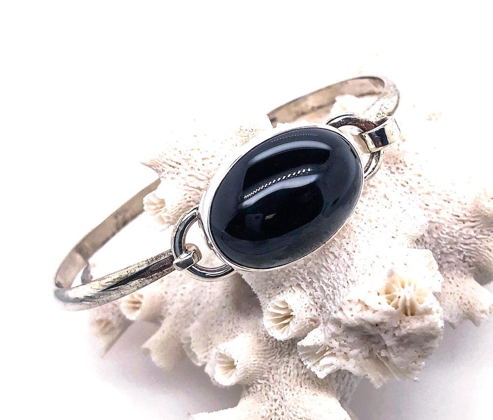 Onyx Hook Bracelet