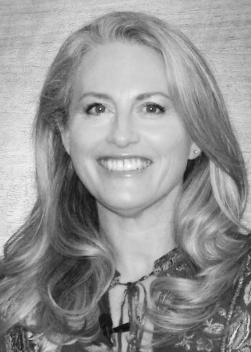 Natasha Schwarzbach headshot