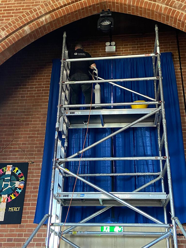 commercial curtain cleaning in situ