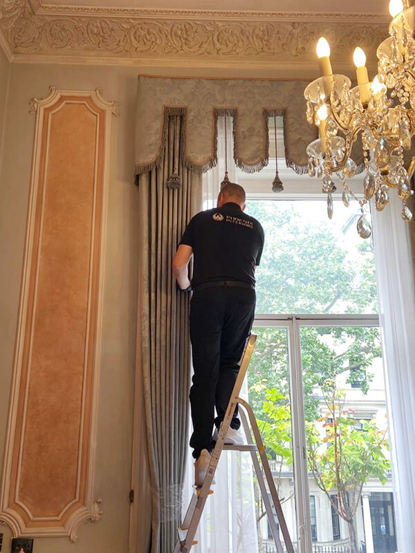 Curtain Cleaning In Situ London