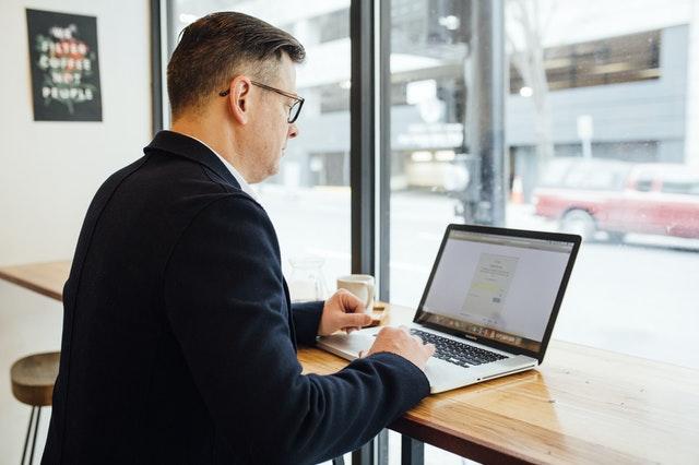 manfaat software bagi produktivitas perusahaan