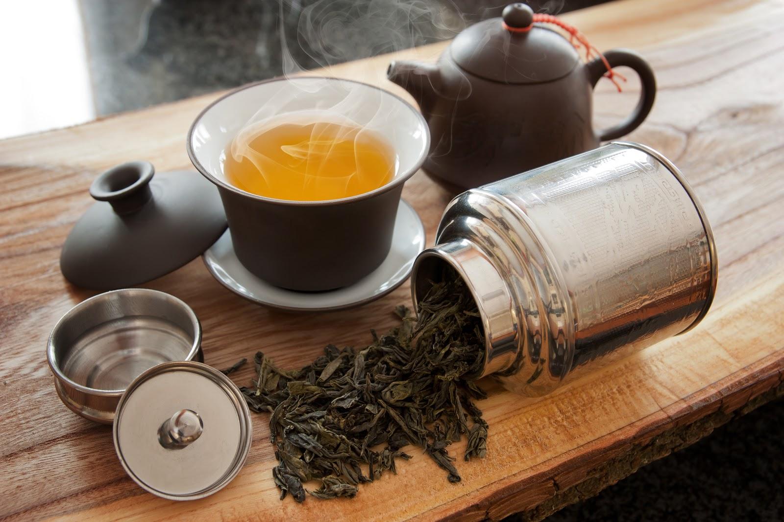bancha tea and accessories