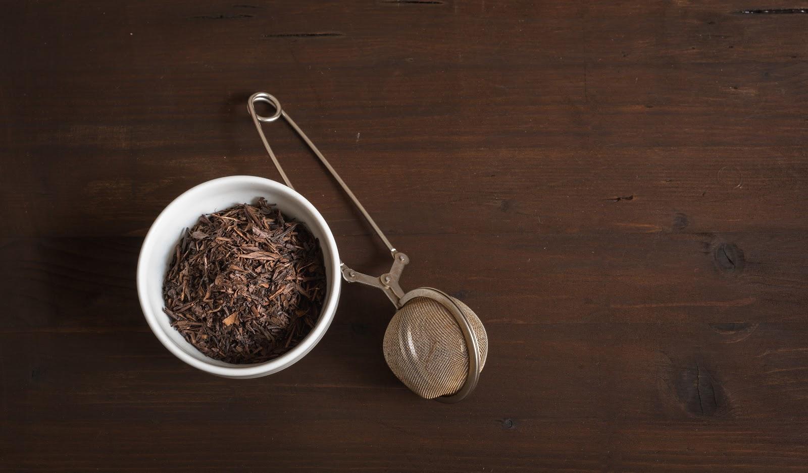 hojicha tea leaves