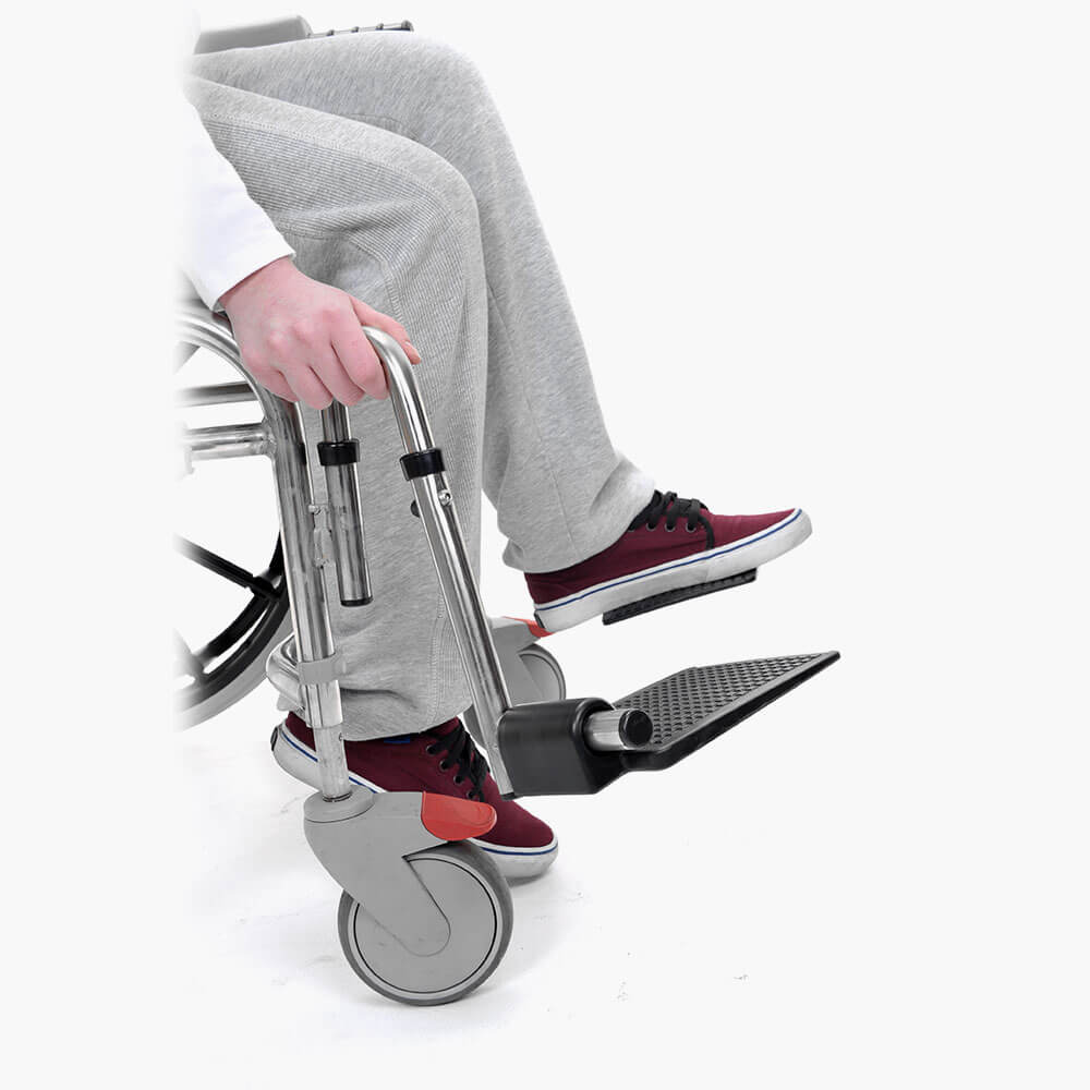 700 Self Propelled Shower Chair